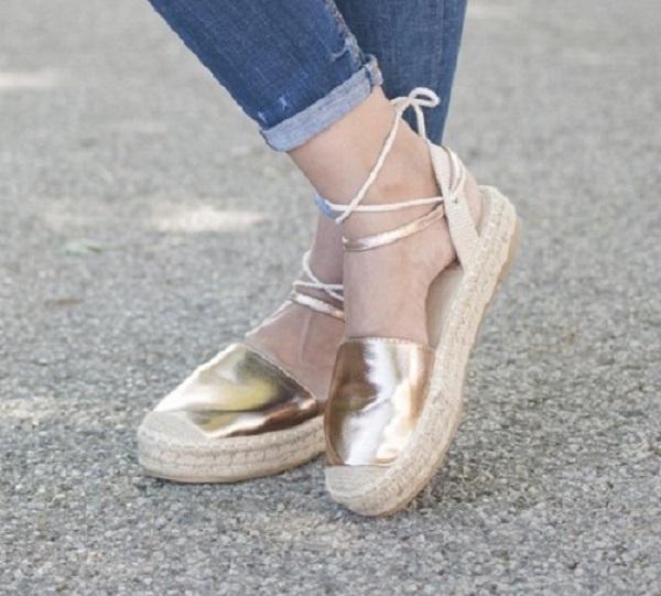 Espadrile so odlična poletna obutev